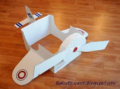DIY plane from a cardboard box. >>>>Tell your ARIZONA FRIENDS that the LEFT SEAT WEST, an AVITATION THEMED restaurant in Glendale, Arizona is a great place for their next party!  Check out our Facebook page! http://www.facebook.com/pages/Left-Seat-West-Restaurant/192309664138462
