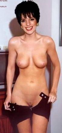 порно актриса минелли - 8