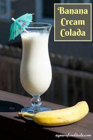 Banana cream colada is like a banana pina colada, you'll love it! Banana Rum Drinks, Banana Colada, Coconut Rum Drinks, Liquor Drinks, Cocktail Drinks, Alcoholic Drinks, Pina Colada Cocktail Recipe, Sweet Cocktails, Pina Colada