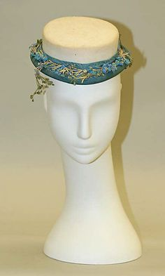 Promenade hat  Date: ca. 1875 Culture: French Medium: wool, silk---- YES.  This is my next hat.  (But, I think I have to make a pattern for it!)