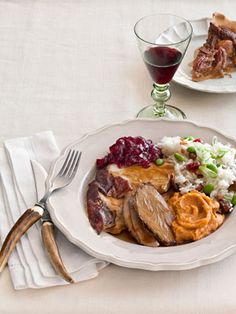 Chef Anita Lo's complete #Thanksgiving menu: Roast Turkey, Sticky Rice Dressing, Pureed Yams with Ginger, Cranberry Sauce, and Pecan Pie.