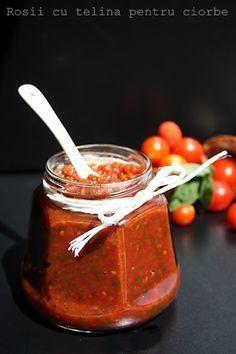 Rosii cu telina pentru ciorbe Canning Pickles, Canning Jars, Canning Recipes, My Recipes, Favorite Recipes, Romanian Food, Meals In A Jar, Bottles And Jars, Desert Recipes