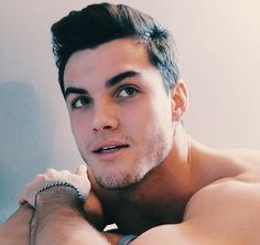 ) Summary: Being friends with benefits with hints of it meaning so much more turned sour for Y/N when Grayson admitted to talking to his ex.