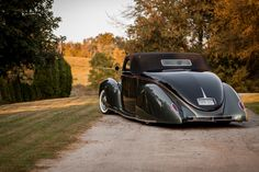 The Understated Art Of Subtle: Dave Jolly's 1938 Lincoln Zephyr Gene Winfield, Lincoln Zephyr, Clocks Back, Steel Rims, The Next Step, Rolling Stock, Pinstriping, Street Rods, Hot Rods