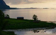 Norvège en camping-car : récit d'1 mois de road-trip Destinations, Voyage Europe, Camping Car, Blog Voyage, Road Trip, Norway, Celestial, Mountains, Sunset