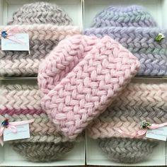 Купить Шапка вязаная Подснежник, вязанная из вид-мохера, теплая, женская - шапка, шапка вязанная