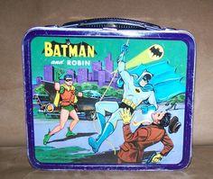 BATMAN SUPER RARE 1966 CANADIAN LUNCH BOX