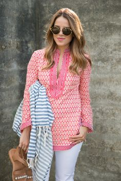 Tunic + White Jeans for when it's still a little chilly on the beach