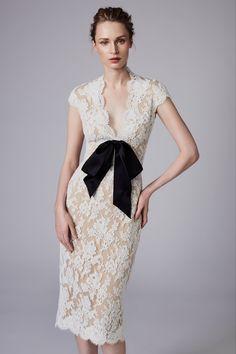Reem Acra Resort 2018 Fashion Show