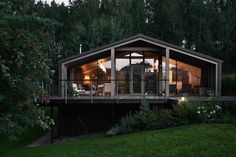 Front Verandah, One Story Homes, Side Window, Summer Kitchen, House Built, Story House, Rustic Style, Country Style, Landscape Design