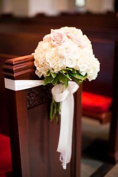 Ideas para la decoración del espacio donde se realizará la ceremonia de boda.