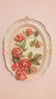 Soğuk porselen çalışmam Cold Porcelain Flowers, Ceramic Flowers, Porcelain Ceramics, Ceramic Art, Biscuit, Monica Rose, Diy Air Dry Clay, Plaster Art, Jute Crafts