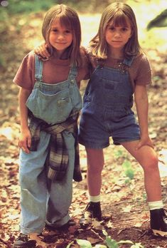 Children's Fashion from the 1990s. Children's fashions in the 1990s were characterized by bright colors, vests, overalls, t shirts, spandex shorts and leggings, and many matching sets. The Olsen twins, children stars of the 90s, show the 1990s trends above.