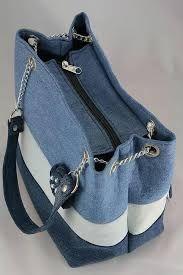 Bild-Pin hinzufügen – Purses And Handbags Diy Denim Tote Bags, Denim Purse, Jean Purses, Denim Crafts, Diy Handbag, Recycle Jeans, Recycled Denim, Fabric Bags, Patchwork Bags