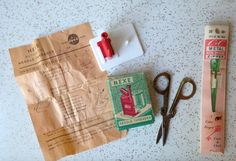 Vintage fifties sewing set  metal zipper folding by SpaceModyssey