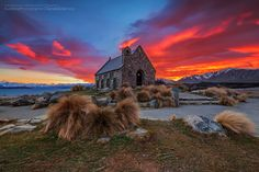 Church of the Good Shepherd - Lake Tekapo - Canterbury - New Zealand (by Danskie Dijamco) Photos Du, Great Photos, Lake Tekapo, New Zealand Landscape, The Good Shepherd, Travel Channel, South Island, Grand Tour, Historical Sites