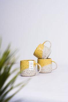 Madriguera Workshop-SUN RANGE - Hobbies paining body for kids and adult Ceramic Cups, Ceramic Pottery, Ceramic Art, Ceramics Pottery Mugs, Slab Pottery, Painted Ceramics, Thrown Pottery, Pottery Vase, Porcelain Ceramics