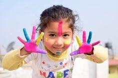 enfants & ados d Reggio Emilia, Happy Holi Images, Happy Holi Wishes, Holi Photo, Hands On Learning, Maria Montessori, Child Development, Physical Development, Life Skills