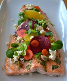 Salmon Dishes, Cobb Salad, Tacos, Mexican, Ethnic Recipes, Easter, Lunch, Drink, God