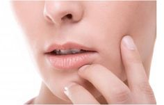 Wintercount: 7 Simple Tips for Avoiding Dry Lips during Winter!