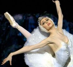 Svetlana Zakharova. Russian Prima Ballerina. So much respect for Ballerinas. Wish I was one.