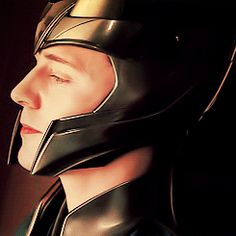 Loki... Sigh, why? Just, why? He's so perfect and I just wish that world could be real cos this one isn't doing much for me... :/