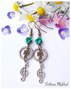 Boucles d'oreilles Cle de sol. Note de musique. Musique. J'aime musique. : Boucles d'oreille par perles-et-couronnes