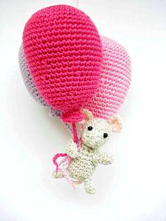 Topolino all'uncinetto con palloncini rosa di Crochetonatree su DaWanda.com