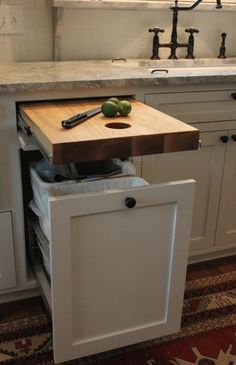 So the cutting board should be Able to be used near sink and trash meaning dishwasher would then be on the other side of the sink Kitchen With Black Appliances, White Countertop Kitchen, Kitchen Paint, Kitchen Countertop Organization, Small White Kitchen With Island, Kitchen Cabinet Remodel, Gray Kitchen Walls, Glossy Kitchen, Painted Kitchen Island