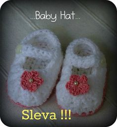 Items similar to Crochet Baby Booties - Baby Girl Booties - Ballet Slippers with Tiny Roses on Etsy Crochet Bebe, Crochet Baby Booties, Crochet Gifts, Hand Crochet, Baby Bonnets, Pink Shoes, Beautiful Crochet, Camilla, Baby Hats