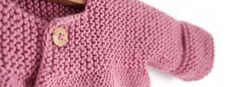 Learn How to Make this adorable Knitted Baby CARDIGAN. FREE Step by Step Pattern & Tutorial. A different way of making a Knitted Baby Cardigan! Baby Cardigan Knitting Pattern Free, Baby Sweater Patterns, Knitted Baby Cardigan, Knit Baby Sweaters, Knitted Booties, Baby Knitting Patterns, Knitted Bags, Pink Lady, Cardigan Bebe