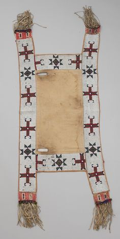 Buffalo Bill Center of the West Native American Horses, Native American Images, Native American Artifacts, Native American Beading, Horse Costumes, Saddle Blanket, Navajo Rugs, Horse Gear, Bead Loom Bracelets