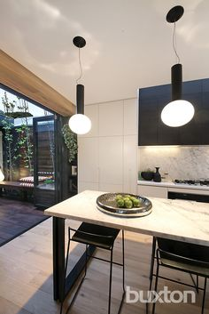 Stunning Sunday: Cutting-edge design for sale in Hampton, VIC Charcoal Kitchen, Duplex Plans, Duplex House Design, Large Desk, Kitchen Colour Schemes, The Hamptons, Townhouse, Dining Table, Real Estate