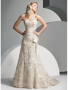 A-ligne sans bretelles robe de mariée en dentelle satin
