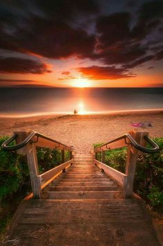 Stairway To Heaven Maui Beach Landskap Fotografi Stairway To Heaven, Beautiful Sunset, Beautiful World, Beautiful Places, Beautiful Pictures, Heaven Pictures, Sunset Pictures, Beautiful Gorgeous, Landscape Photography