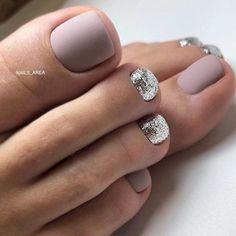 Grey Matte Nails, Grey Nail Art, Black Nail, Black White, Fall Pedicure, Manicure E Pedicure, Wedding Pedicure, Summer Pedicure Designs, Beach Pedicure