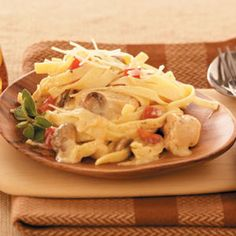 Makeover Chicken Fettuccine Alfredo Recipe. Love Chicken Fettuccine Alfredo but hesitate to eat due to the huge calorie count and fat? This recipe will allow you to enjoy without all that but still tastes great. One cup of fettuccine with one cup of sauce only 462 calories and 13 grams of fat. A far cry from the old.