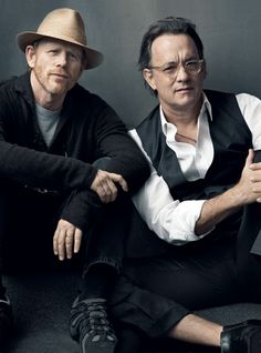 Actor-Director Dynamics - Ron Howard and Tom Hanks – Splash, Apollo The Da Vinci Code, and Angels & Demons photo by Annie Leibovitz: for Vanity Fair\ Annie Leibovitz Fotos, Annie Leibovitz Photography, Vanity Fair, Ron Howard, Foto Poster, Photo Portrait, Actrices Hollywood, Tom Hanks, Famous Faces