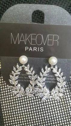 Earrings with a pearl. Diamond Earrings, Gems, Pearl, Display, Jewels, Stylish, Accessories, Beautiful, Fashion