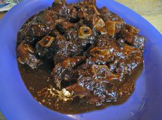 jamaican food - oxtails...this oxtail looks delish to me, add some buttery dumplings or rice n peas....soooo good