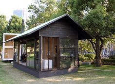 naoto fukasawa embodies his idea of peacefulness in a timber retreat muji hut Wood Shed Plans, Free Shed Plans, Prefab Homes, Log Homes, Tiny Homes, Muji Hut, Wooden Hut, Naoto Fukasawa, Tokyo Design