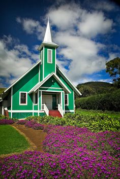 Haven't seen this ... YET! But one day I WILL live close! Church in Waimea, The Big Island, #Hawaii