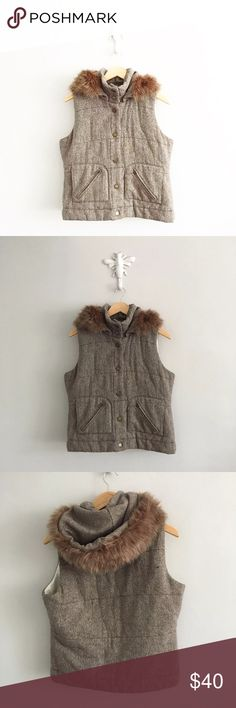 """BB Dakota Brown Tweed Fur Lined Puffer Vest Gently pre-loved with no rips or stains. Please see all pictures for an accurate description of condition. 75% polyester, 20% wool, 3% rayon, 2% acrylic. Chest: 8940"""". Length: 23"""". BB Dakota Jackets & Coats Vests"""