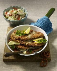 Schnitzel mit Brezel-Panade zu Krautsalat Rezept