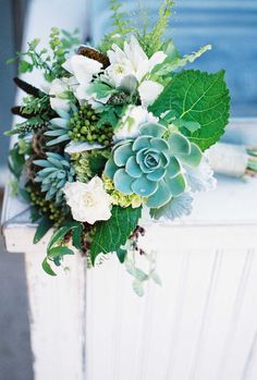 Ideal for a seaside or forest wedding