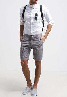 Tolle Jeans Shorts, stein (€ 75,-) | Filippa K