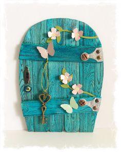 Handgemachter Fairy Door / Gnome / Pixie von TraceyGrundyDesigns