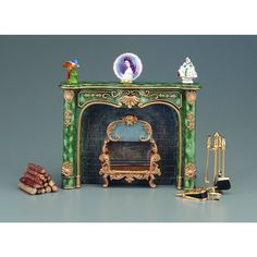 RP18591 - Green Marble Fireplace with Decoration