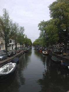 My favourite canal: Reguliersgracht (taken from the Lijnbaansgracht bridge)