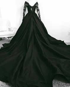 Yes or no? By Grassner Große 46 Yes or no? By Grassner Große 46 The post Yes or no? By Grassner Große 46 appeared first on Halloween Wedding. Black Wedding Gowns, Dream Wedding Dresses, Prom Dresses, Black Weddings, Gothic Wedding Dresses, Bridesmaid Dresses, Gothic Dress, Beautiful Gowns, Dream Dress